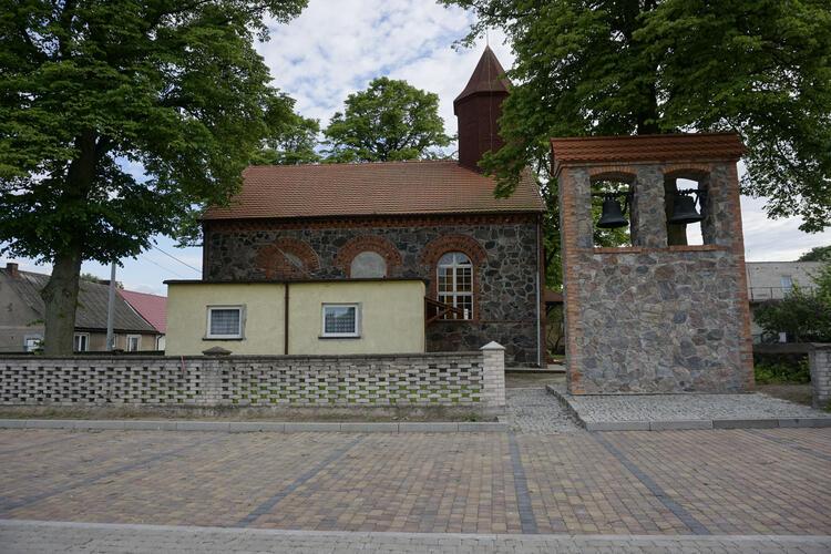 Kościół w Dębołęce